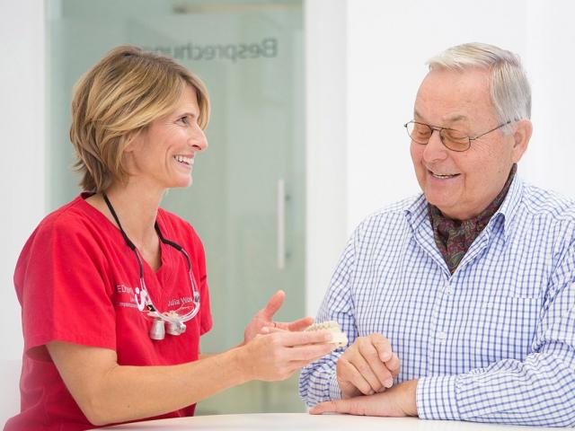 Zahnersatz - MED:SMILE® – Zahnarzt Mannheim, Zahnarztpraxis für Zahnheilkunde und Implantologie