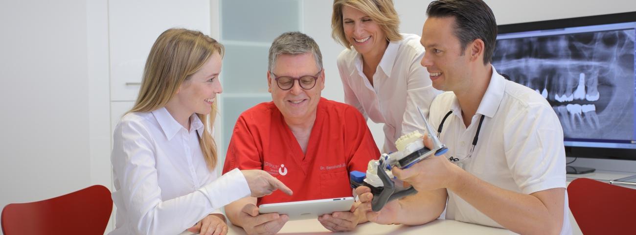 Denken Sie an den Zahncheck! - MED:SMILE® – Zahnarzt Mannheim, Zahnarztpraxis für Zahnheilkunde und Implantologie