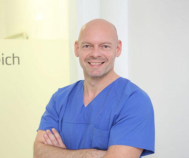 Dr. Georg Grimm - MED:SMILE® – Zahnarzt Mannheim, Zahnarztpraxis für Zahnheilkunde und Implantologie