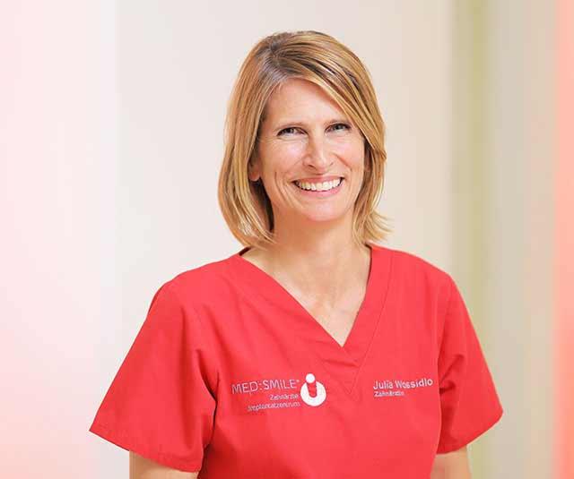 med-smile kinderzahnarzt mannheim julia wossidlo - MED:SMILE® – Zahnarzt Mannheim, Zahnarztpraxis für Zahnheilkunde und Implantologie