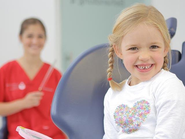 med-smile zahnarzt mannheim news richtige zahnpflege fuer kinder