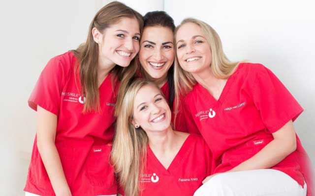 med-smile zahnarzt mannheim team