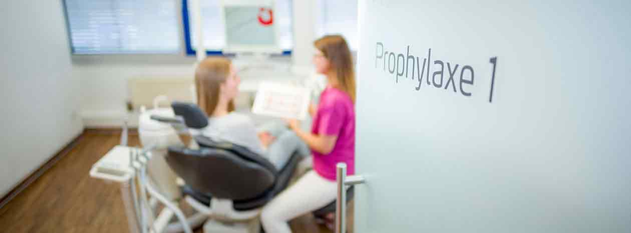 Zahnmedizinische Prophylaxeassistentin (M/W) - MED:SMILE® – Zahnarzt Mannheim, Zahnarztpraxis für Zahnheilkunde und Implantologie